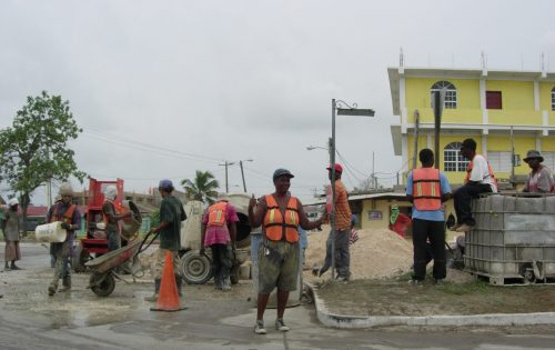 2. Belize City - straatwerken