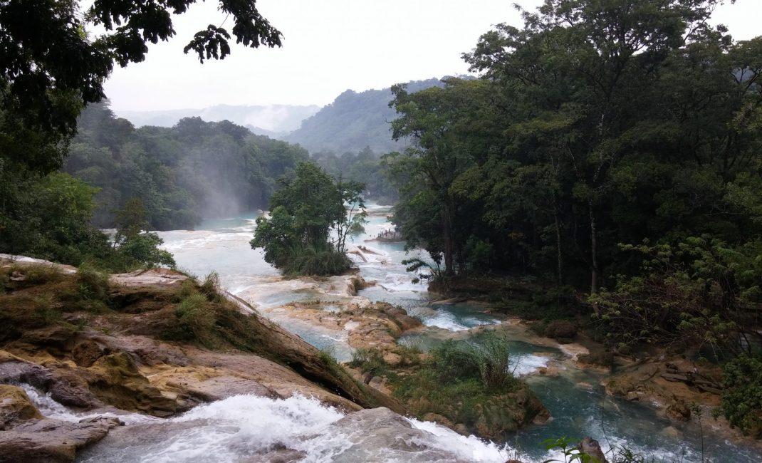 7 - stukje ongerepte natuur bij de watervallen van Agua Azul