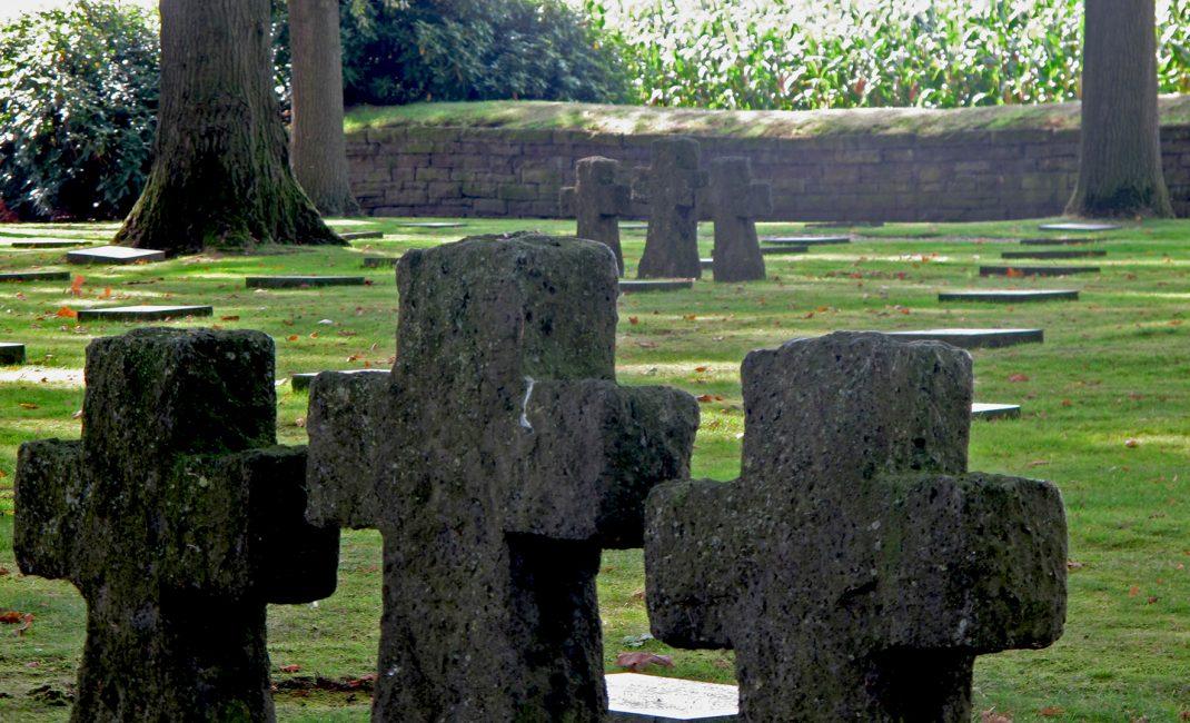 Duitse militaire begraafplaats - Langemark