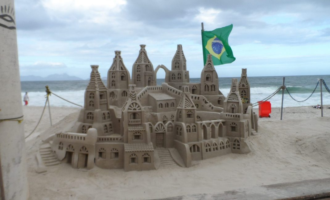 Zandsculptuur Copacabana