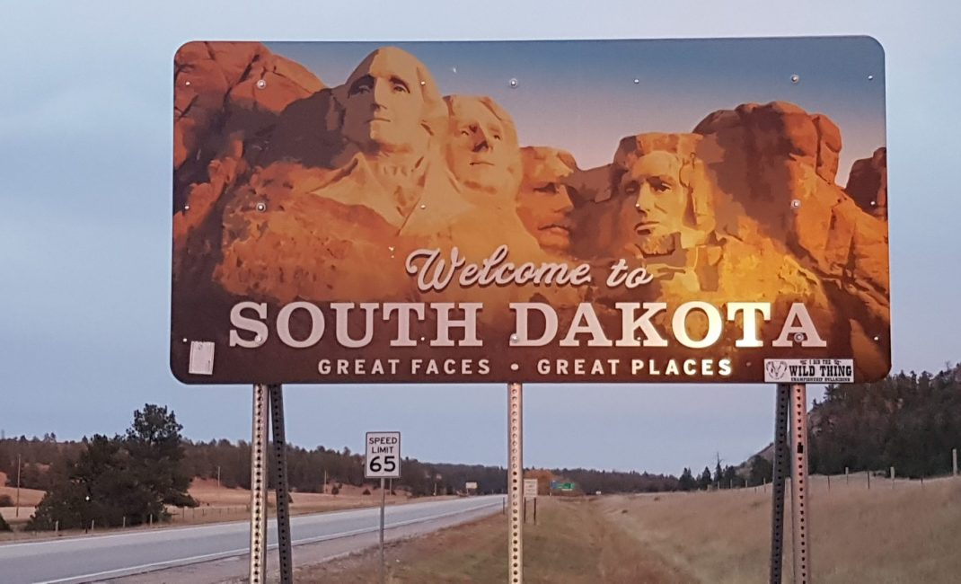 67 SD South Dakota Border