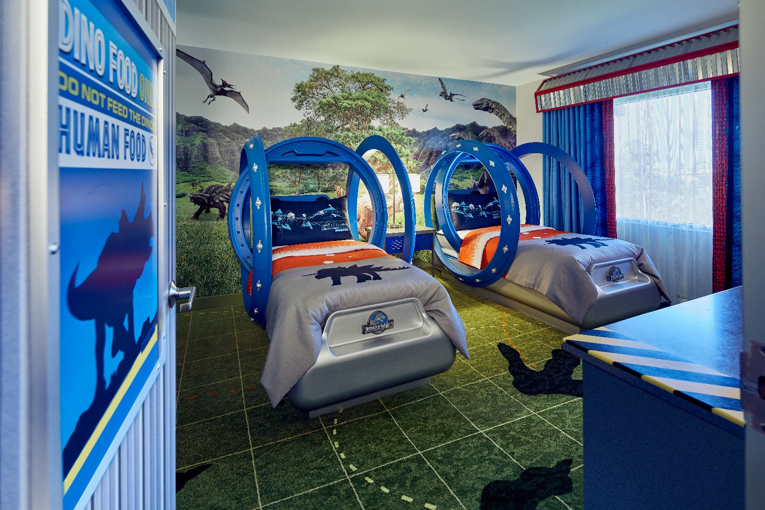 Jurassic World suites